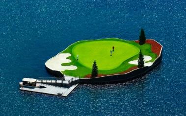 El Green Flotante, golf en medio de un lago