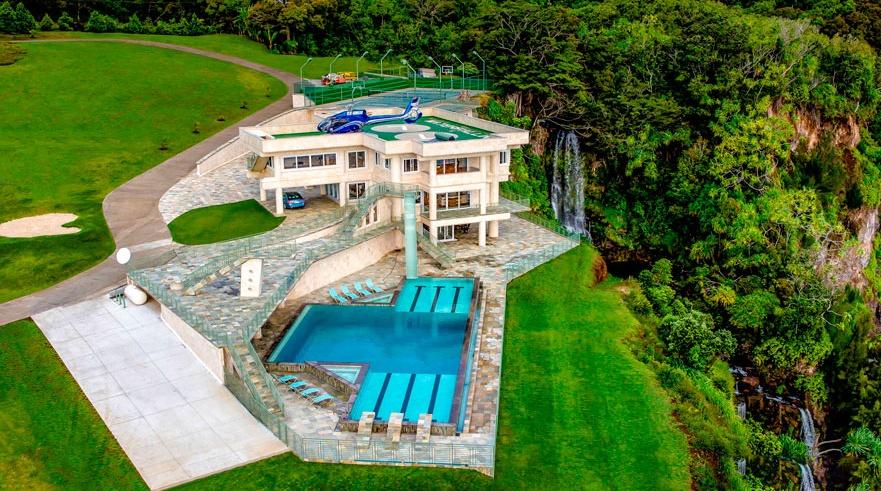 Waterfalling House Hawaii