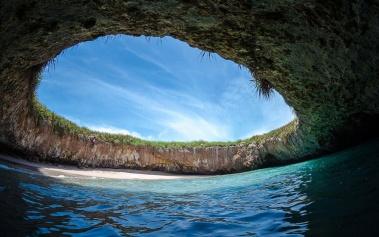 Playa Escondida: oculta en las Islas Marietas
