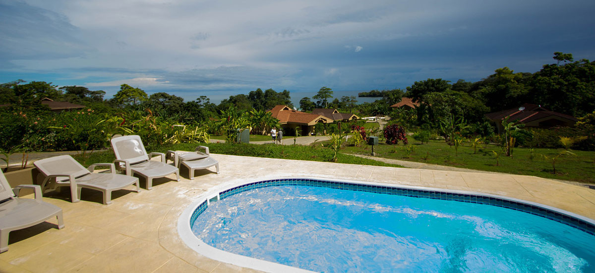 Red Frog Beach Island Resort Certified For Its: Red Frog Beach Island Resort: Naturaleza Y Aventura