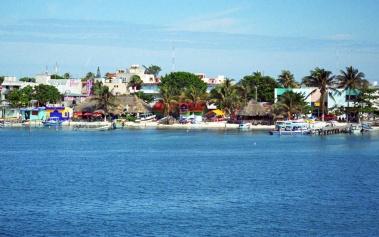 Islas Paradisiacas: Isla Mujeres, en medio del mar Caribe