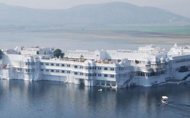 Taj Lake Palace: un palacio de mármol en el lago Pichola
