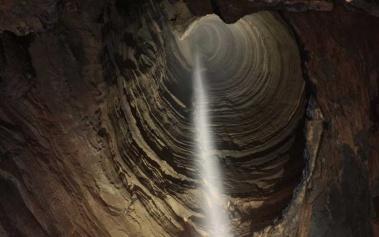Cuevas Magicas: Cueva Ellison, tesoro para espeleólogos