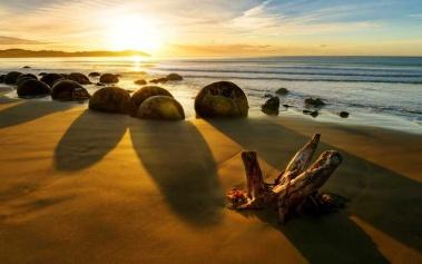 Playas Paradisiacas: Playa de Koekohe, Moeraki Boulders