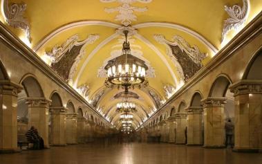Metros del Mundo: Metro de Moscu, un Palacio Subterráneo