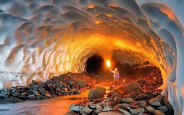 Cuevas Magicas: Cuevas de Muntovsky, excavadas en hielo