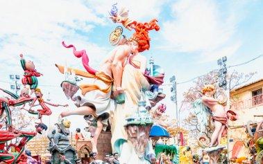 Las Fallas en Valencia: un espectáculo de pólvora y color