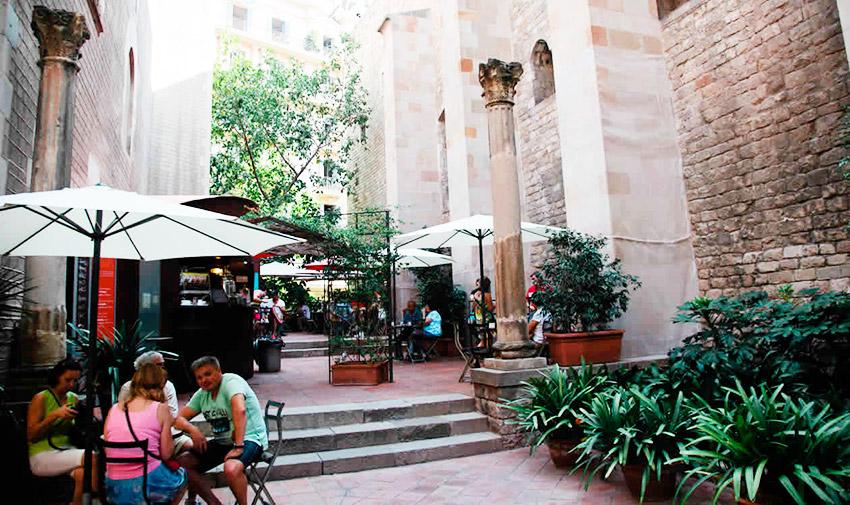 15 terrazas de Barcelona donde disfrutar del buen tiempo