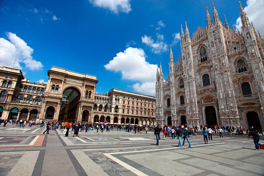 Arte y arquitectura en las plazas más bellas de Italia
