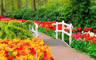 8 Jardines europeos donde el protagonista es el arte