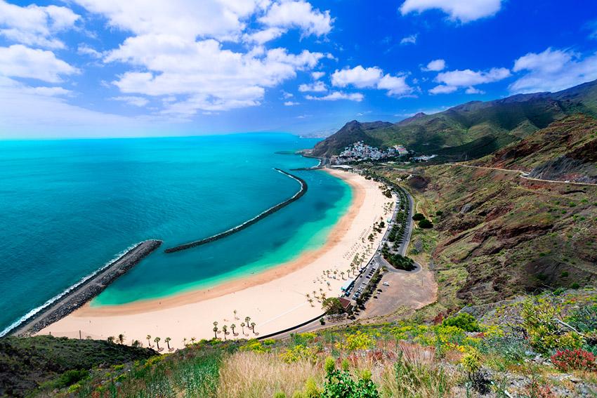 Resultado de imagen de arena saharaui en playas españolas