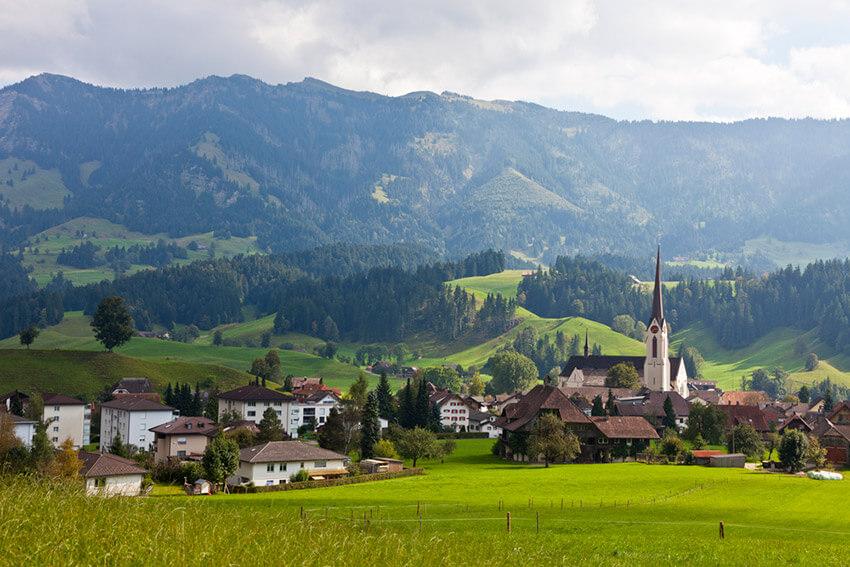 5 parques naturales en Suiza que no te puedes perder
