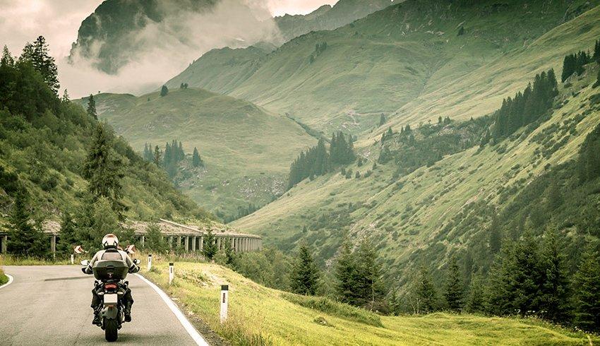 Consejos para realizar un viaje en moto