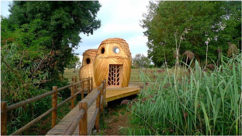 Dormir gratis en cabañas en forma de búho en Francia