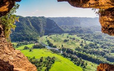 Recorre las cuevas más bonitas de España
