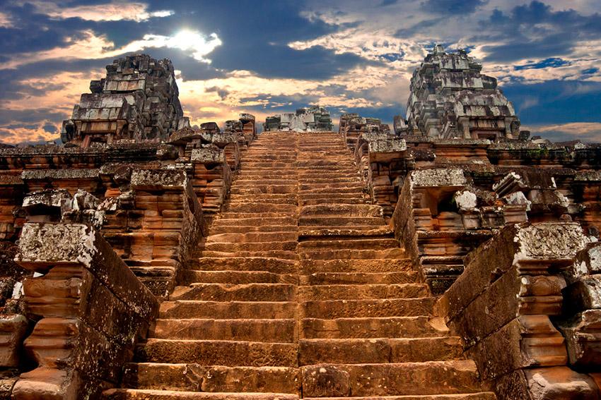 Las escaleras más extremas del mundo que te quitarán el miedo a las alturas