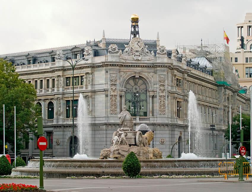Los edificios más emblemáticos de Madrid que no debes dejar de visitar