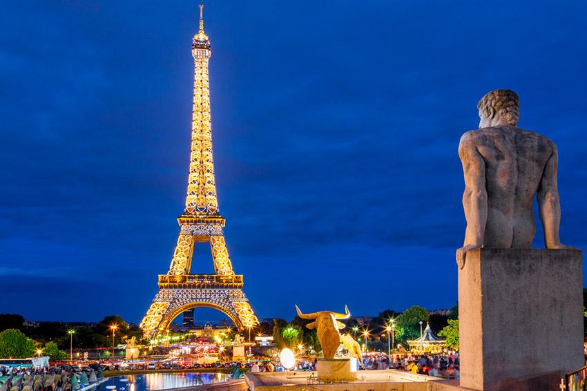 ¿Sabías Que Es Ilegal Tomar Fotos En La Torre Eiffel Por