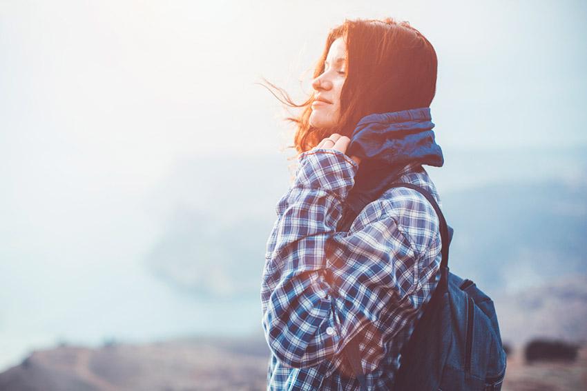 Chica viajando sola, una de las cosas que ha hecho un auténtico viajero