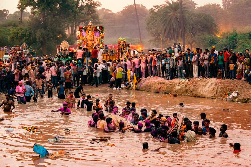 Presenciar un ritual hindú, una de las cosas que ha hecho un auténtico viajero