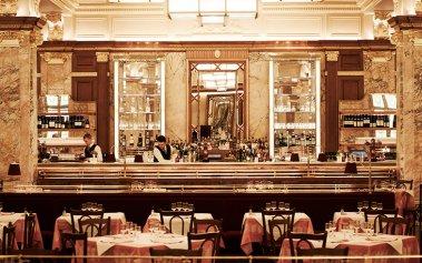 Dónde comer barato en Londres: Brasserie Zedel