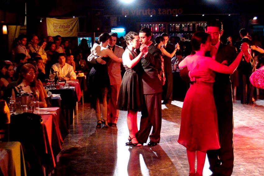 La Viruta, uno de los mejores salones de tango en Buenos Aires