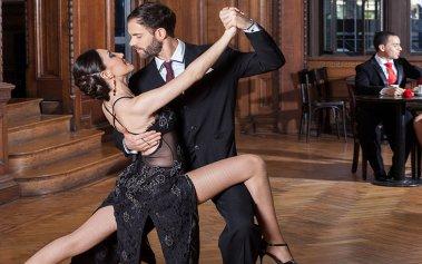 Los mejores salones de tango de Buenos Aires para bailar toda la noche