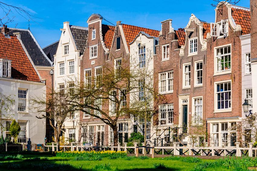 Sitios secretos en Ámsterdam, Begijnhof