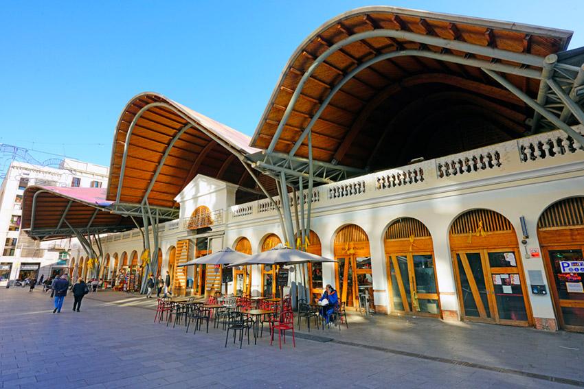 Mercado de Santa Caterina, uno de los lugares secretos para hípsters en Barcelona