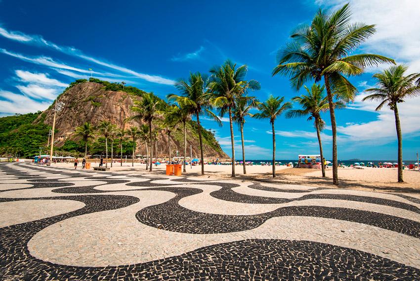 Playa de Copacabana, uno de los planes gratis en Río de Janeiro