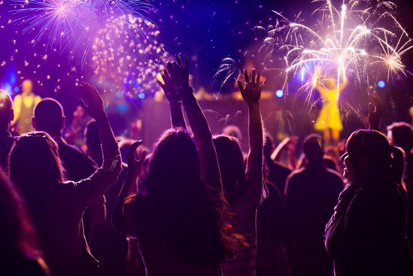 Fuegos Artificiales, uno de los festejos de cómo se celebra el Año Nuevo Chino
