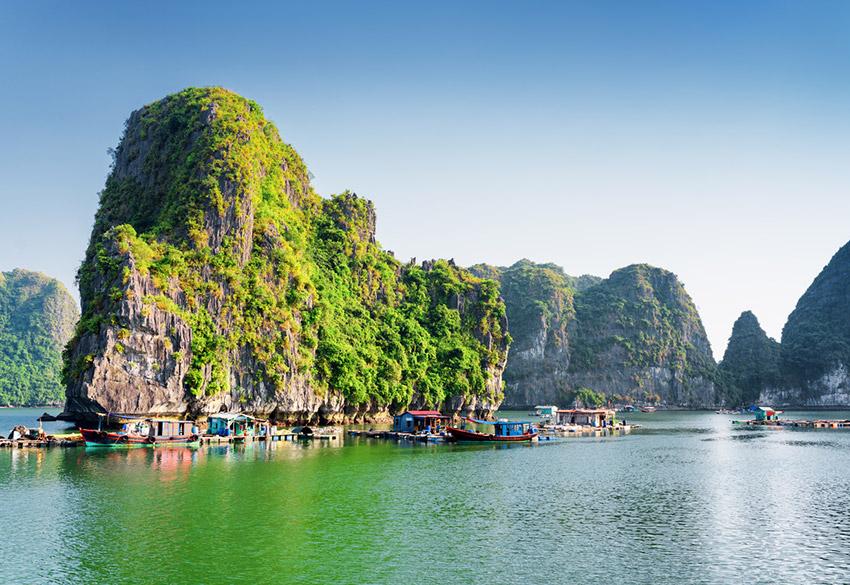 Bahía Ha - Long, una de las maravillas naturales del mundo