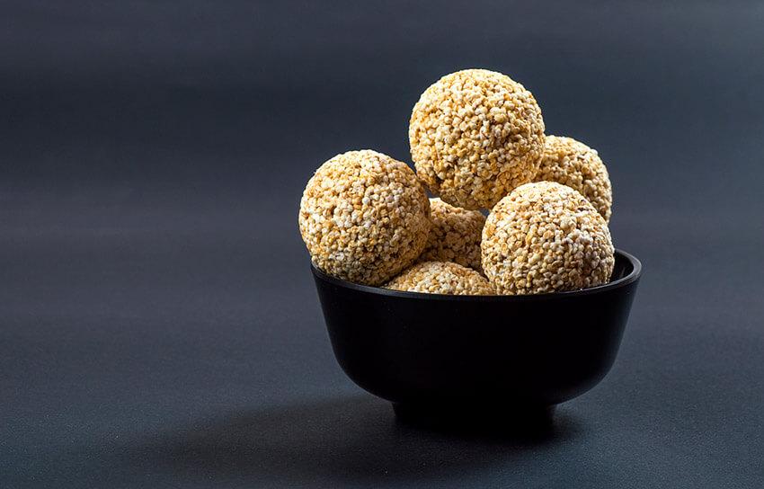 Bolas de semilla de sésamo, uno de los dulces para el Año Nuevo Chino