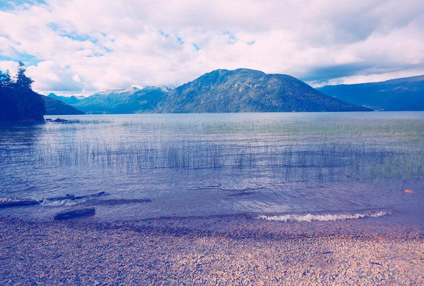 Lago Mascardi, uno de los lugares cerca de Bariloche