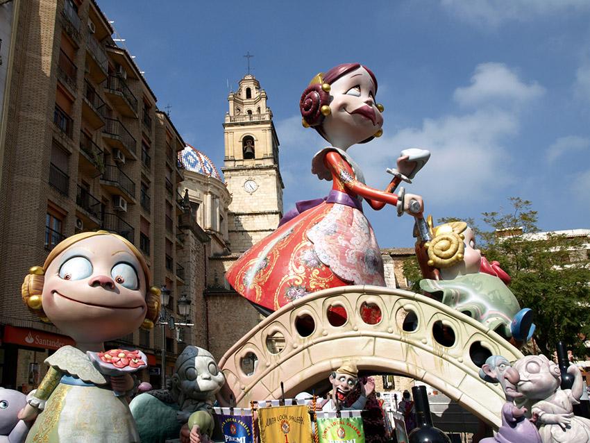 Carcaixent, uno de los lugares para celebrar las Fallas de Valencia