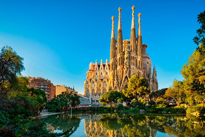 Barcelona, uno de los lugares donde viajar con tu hermana