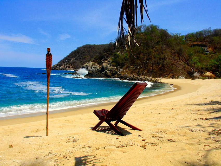 Troncones, una de las playas donde practicar yoga en México