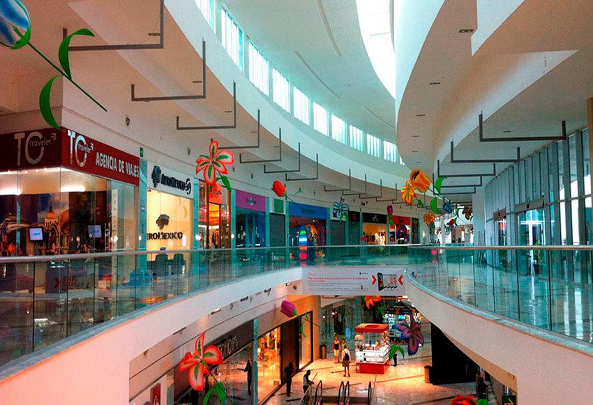 Plaza de las Américas, un lugar para un mochilero en Cancún