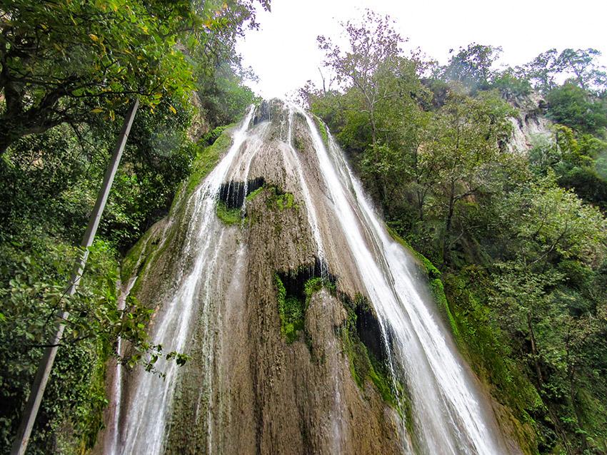 Cascada Cola de Caballo, uno de los escenarios de la naturaleza salvaje en México