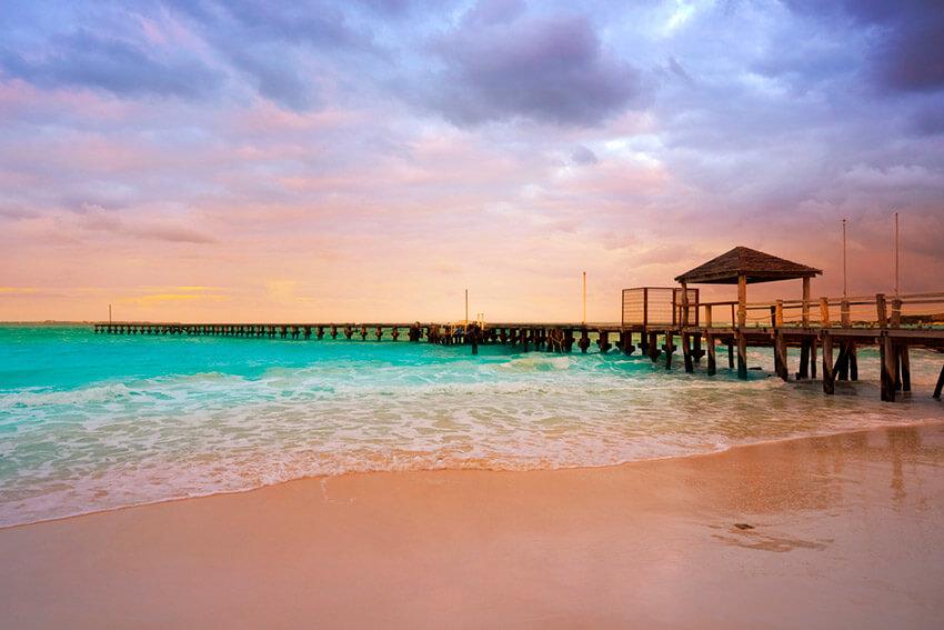 Playa Caracol, una de las playas tranquilas cerca de Cancún