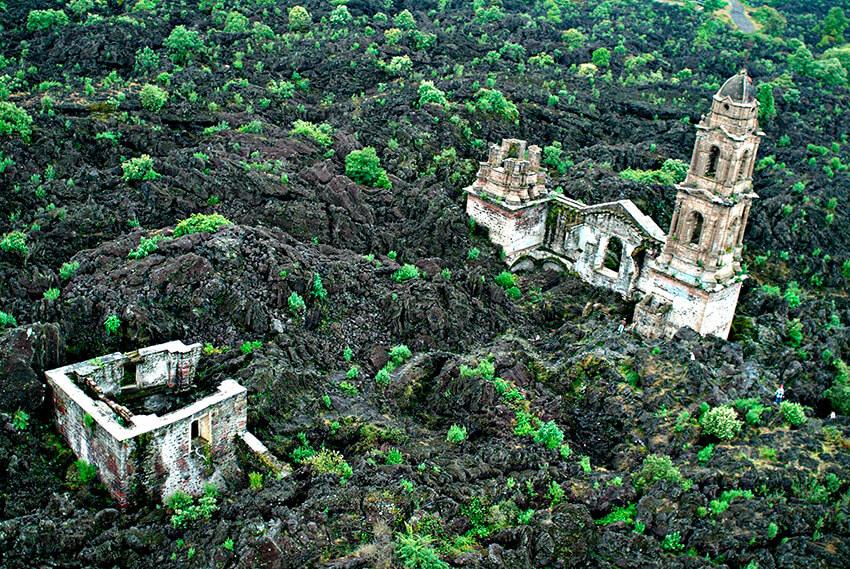 San Juan Parangaricutiro, uno de los Pueblos escondidos en México