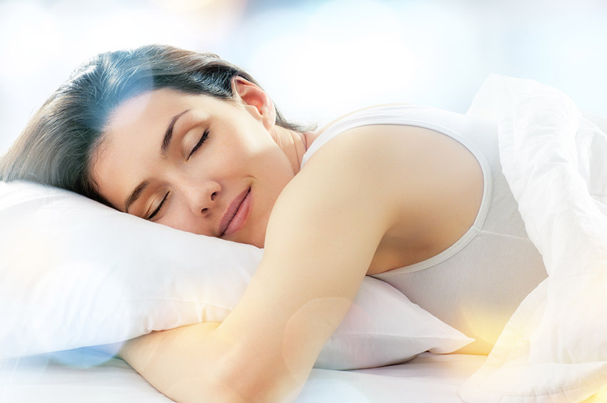 Dormir la noche de antes, uno de los consejos para combatir el jet lag
