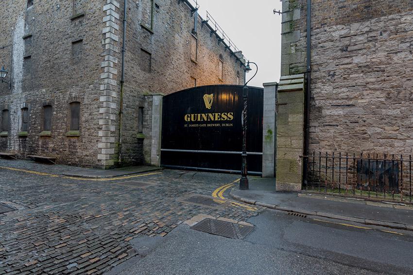 Fábrica Guinness, uno de los lugares donde vivir el día de Sant Patrick en Dublín