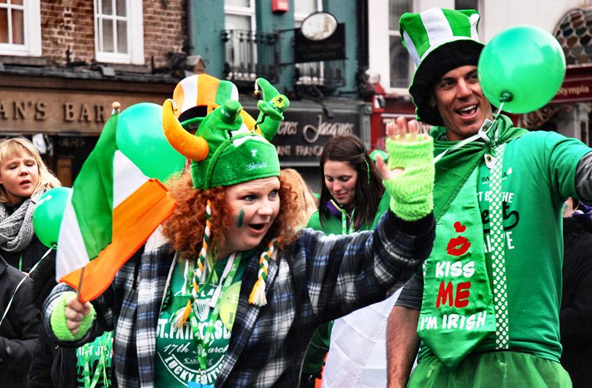 Viste de verde, una de las cosas para vivir el día de Sant Patrick en Dublín