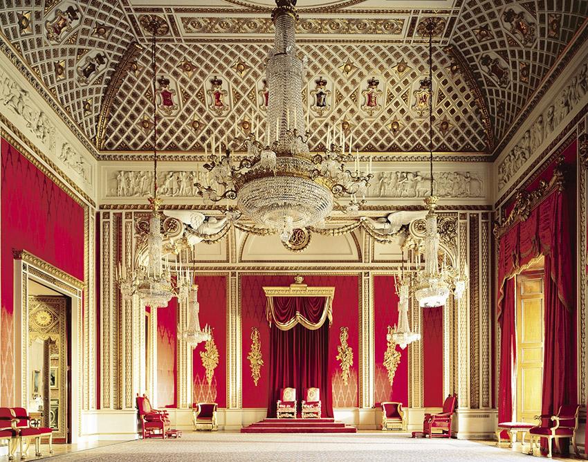 Sala de Tronos, una de las cosas que visitar en el Palacio de Buckingham