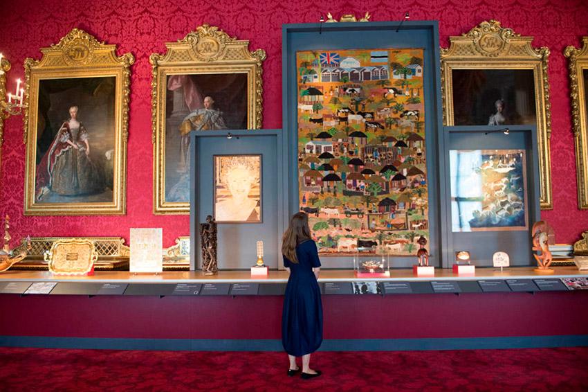 Las exposicions, una de las cosas que visitar en el Palacio de Buckingham