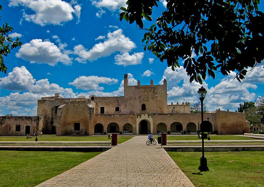 Convento de San Bernardino de Siena, una de las iglesias y Conventos de Yucatán