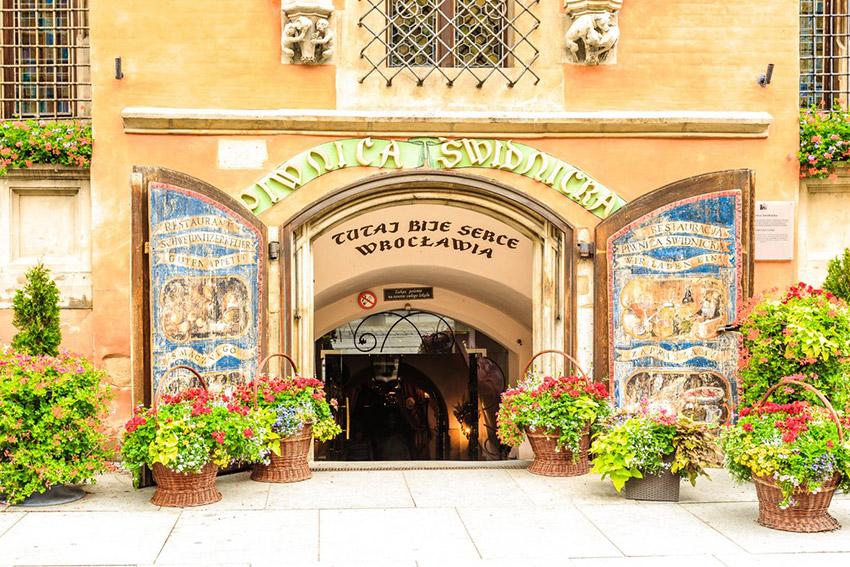 Piwnica Swidnicka, uno de los bares más antiguos de Europa