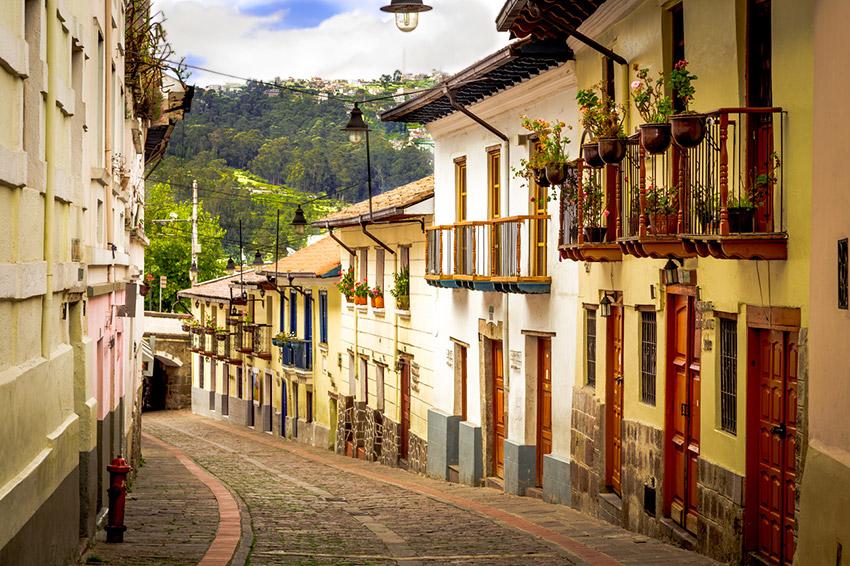 La Ronda, uno de los lugares que tienes que visitar en Quito