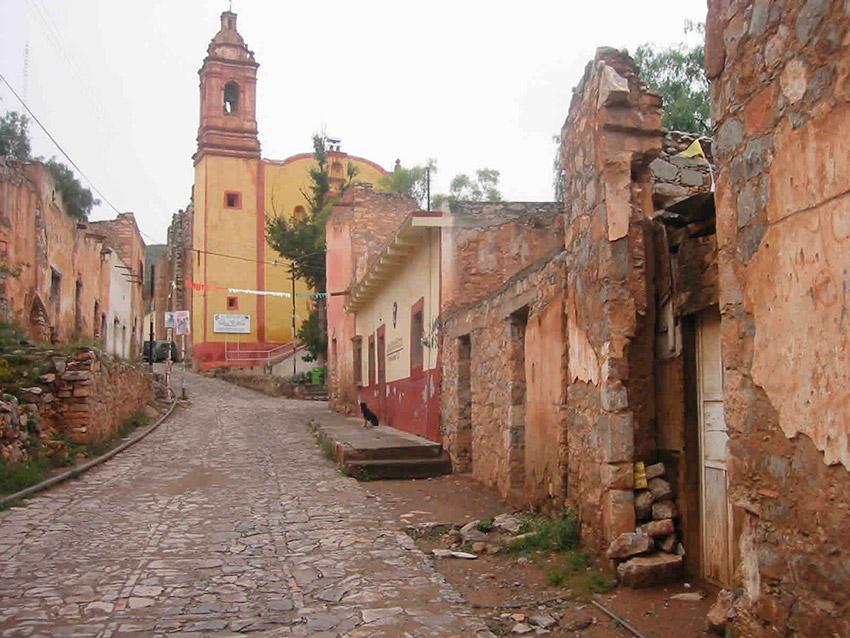 El Cerro de San Pedro, uno de los pueblos escondidos en México